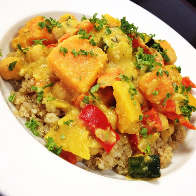 Thai yellow curry today with roasted squash, sweet potatoes, carrots, zucchini, bell peppers and chickpeas simmered in a thai coconut broth served over quinoa.  #glutenfree #vegan #soyfree #quinoa #healthy #curry #thai #veganprotein #plantbased #fresh
