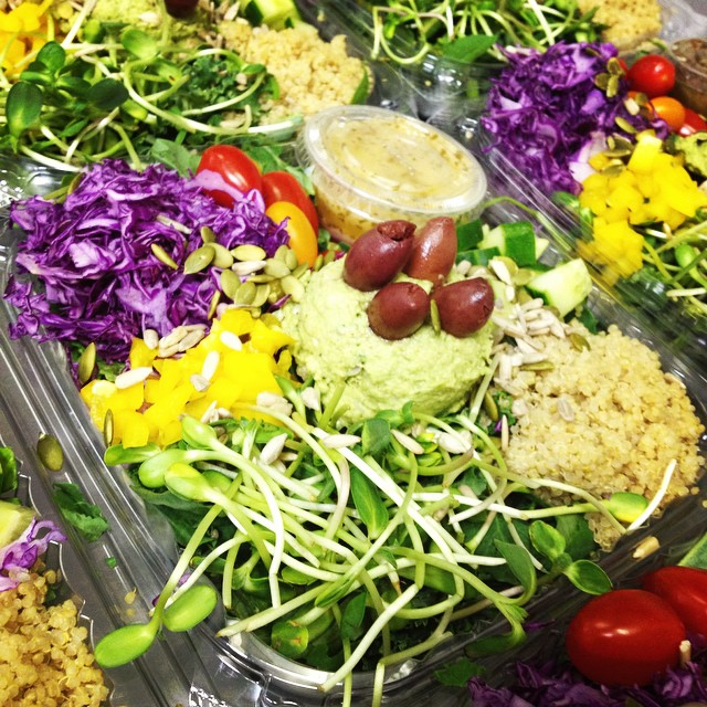 Our new Greek salad bowl with sprouts, cucumbers, kalamata olives, quinoa, cherry tomatoes, purple cabbage, bell peppers and a white bean, spinach and artichoke dip with a lemon mint dressing, yum! #glutenfree #vegan #soyfree #plantbased #plantprotein #salads #fresh #healthy #vegansalads #greekvegan