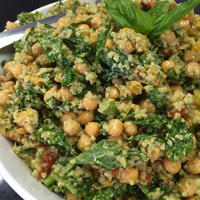 Roasted pecan basil pesto quinoa salad with roasted squash, bell peppers, chickpeas and kale #glutenfree #vegan #soyfree #wheatfree #wholegrain #quinoa #kale @gogoquinoa