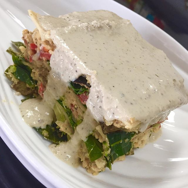 """What are you going to eat today? Try our white lasagna with cashew bechamel sauce, collard greens, broccoli, bell peppers, eggplant, chickpea """"meat"""" with brown rice pasta of course  feed your body with healthy deliciousness #glutenfree #vegan #soyfree #veganlasagna #wholegrain #wheatfree #plantbased #plantprotein #glutenfreelasagna @veganfoodlovers @veganfoodshare @allaboutveganfood"""