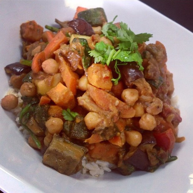 Serving up Moroccan Stew with apricots, eggplant, roasted root vegetables, cauliflower and spinach over brown rice #happyfriday #healthy #tagine #vegantagine #wholegrain #wholegrain #healthy #dairyfree