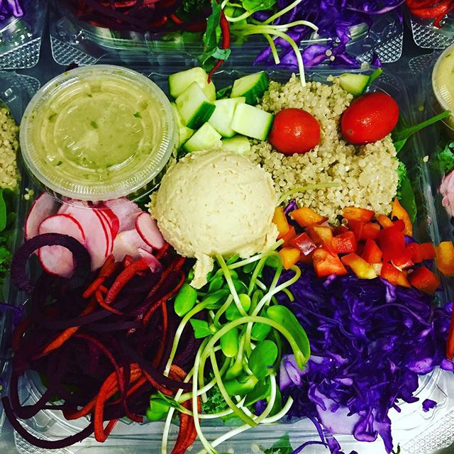We make eating healthy & fresh on the go so easy! Grab a salad bowl today #glutenfree #vegan #soyfree #wheatfree #quinoa #kale #healthy #plantbased #plantprotein