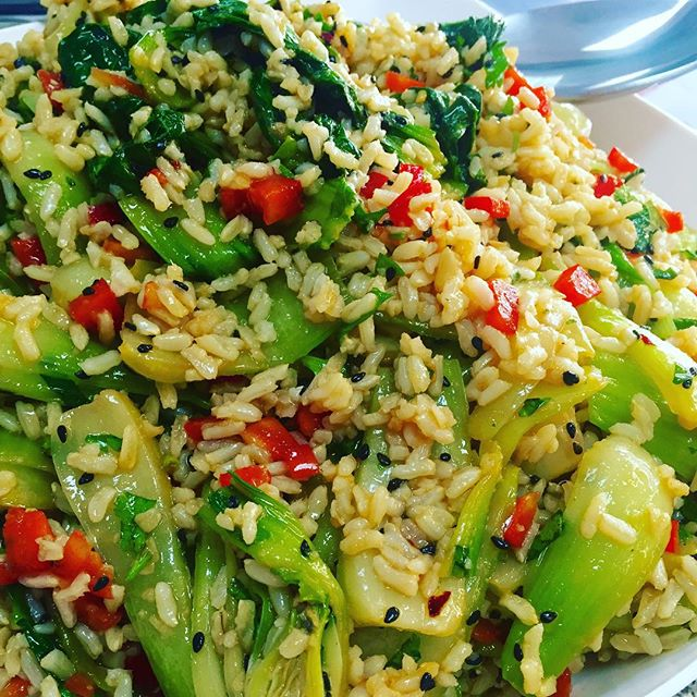 Bol Choy and brown rice salad with sesame ginger dressing #glutenfree #vegan #wheatfree #wholegrain #spicy#healthychoices #heartysalad