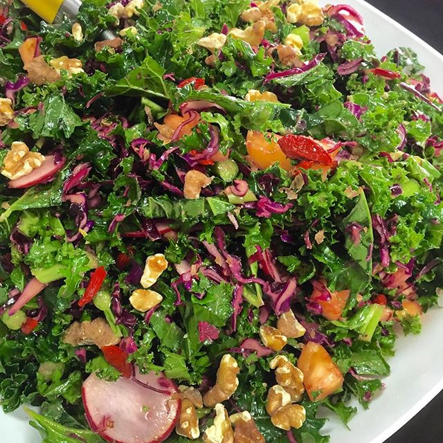 What's in your kale salad? Ours is colourful like a rainbow, try it for yourself today, we are open until 5pm, see ya!