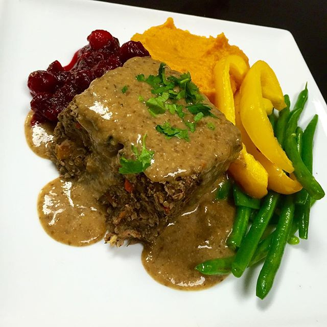 In light of shop the neighbourhood happening today, we've prepared a special meal  we have a lentil loaf with black rice and pecans topped with a mushroom miso gravy, a side of roasted butternut squash purée, sautéed veggies and house cranberry sauce. Today only, when you spend $25 or more (before applicable taxes) receive a free cupcake #glutenfree #veganfood #lentilloaf #wheatfree #wholegrain #plantbased #veganfoodshare @monquartier_ca @veganfoodshare @veganfoodlovers