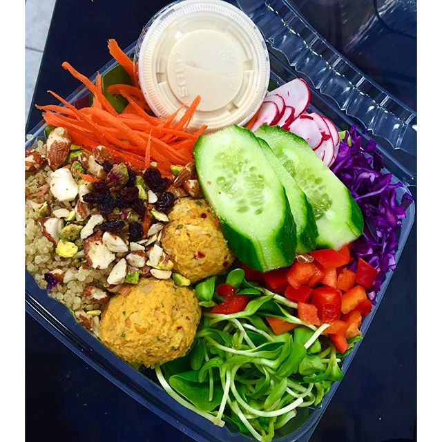 Middles eastern salad bowl, yum! Freshness all wrapped up and ready to go #glutenfree #vegan #soyfree #wheatfree #wholegrain #powerfood #pastasalad