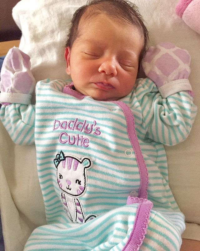 Our little princess Carly was born on Thursday May 4th. We are so overjoyed and so in love ‍‍