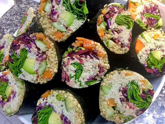 Sunflower and pumpkin seed pate nori rollzzzzzz #glutenfree #vegan #dairyfree #cleaneating #plantbased #plantstrong #vegansushi