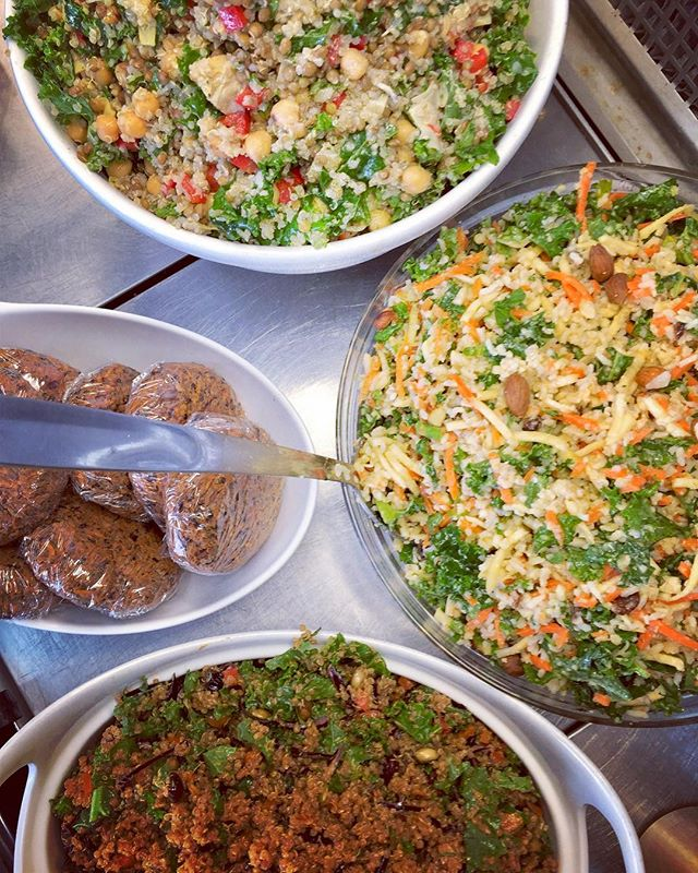 So much deliciousness in store for your last minute party plans #glutenfree #514mtl #vegan #dairyfree #cleaneating #plantbased #plantbaseddiet #whatveganseat #chefveganessa